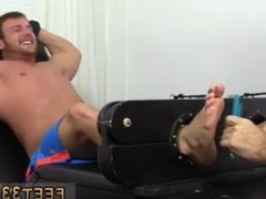 Twink boys sexy toe movies and sexy gay white men toes and cocks hanging