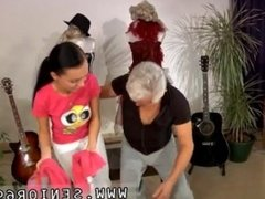 Old young rough and old man handjob cumshot and old white girl bbc and