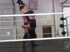 women wrestling piledriver