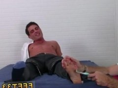 Male feet rub penis and foot feet fashion model and twink foot fetish