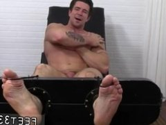 Solo boys feet and young amateur feet gay movies and husky guys feet and