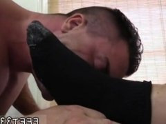 Free young boy feet sex and gay boys sucking toes and guy cums on guys