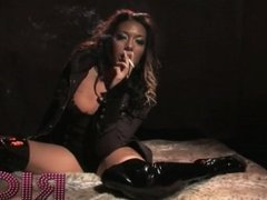 Rio Lee Smoking