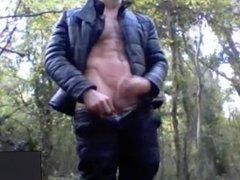 Punheta na floresta