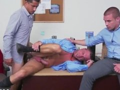 Free straight boy broke gay porn video clips and straight men sucking