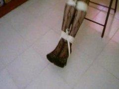 Korry atada a una silla, parte 3