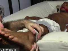 Gay naked bare feet and men naked from head to toe movietures and free