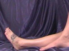 Angel Candi (Foot Modeling/Foot Fetish)