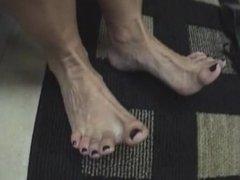 Big Latina Feet