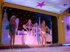 Colpo Grosso, italian vintage TV striptease: Emanuela and Karen