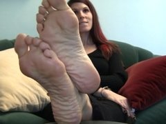 Jody's Size 10 Candid Stinky Soles Part 18