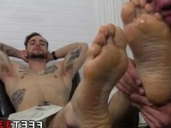 On the hunt toe sucking gay and head to toe gay porn physical and feet