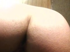 Tiffany from illinois using wand until cumming