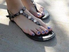 Beatriz Modeling Her Sexy Feet