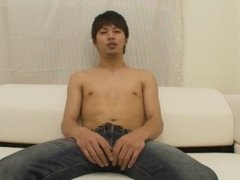 Japanese dude filmed jerking off while looking at porn