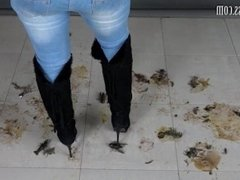 jeans woman in boots