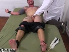 White boy feet porn and boy feet sucked porn and twink feet and sexy man