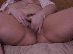 fat nurse with hairy by a pussy gynecologist and masturbates