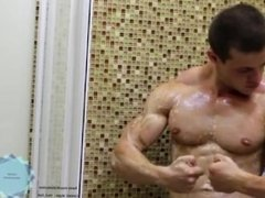 Muscle Guy Showing cock and ass - jerkit.net.