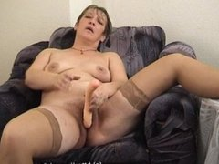 Mature Women Play With Toys. Russian mature 91 (BlissMature.com)