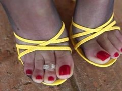 yellow sandals stockings