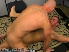 Sleeping fun man gay porn and hardcore bi boy gay porn Muscle Top Mitch