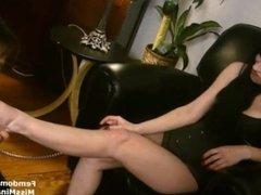 Mistress Mina Foot Slave
