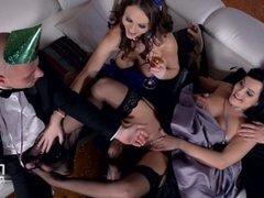 Dolly Diore and Tina Kay sex and feet HD