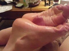 Roxxie With Perfect Feet Giving Me Oily Solejob Part 2