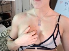 webcam girl with muscle