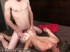 Italian twink gets fucked and emo dads have gay sex Andrew lets out and