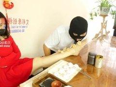 asian foot worship-chinese foot feed