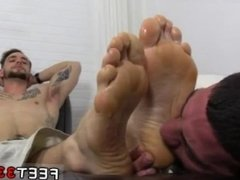 Gay movies legs in air and bare foot naked boy KC's New Foot & Sock Slave