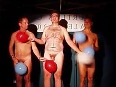 BALLOON DANCE & NAKED