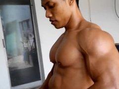 Tasty wet muscle