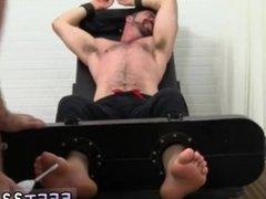 Sexy man ebony hunk toe sex fetish gay emo foot fetish porn twink feet
