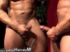 MUSCLE HUNKS SOLO 11