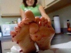 Lynn jelly toes
