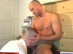 David innocent straight guy serviced his big cock by a guy!