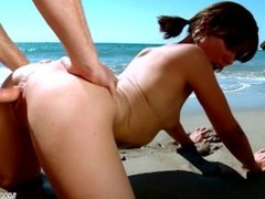 MyFirstPublic - Hardcore fuck on the beach ends with nice facial