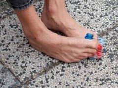 Hania Big Feet.