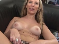 French milf anal squirt and fist