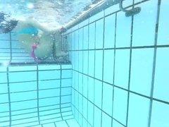 teen underwater view