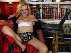 America's sexiest milfs part 30