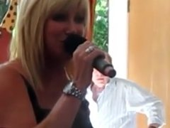 suzanne somers sings ( non nude)
