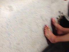 Posh Girls With Pretty Feet In Flip Flops (Faceshot)