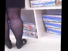 Russian Mature with sexy legs in stockings! Amateur!