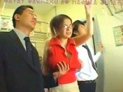 Otakqus Abusando De Grandes Tetas en el Tren