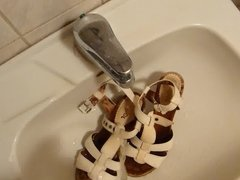 Piss in wifes white sandals