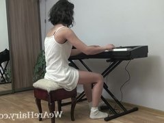 Kassiana masturbates after playing her piano